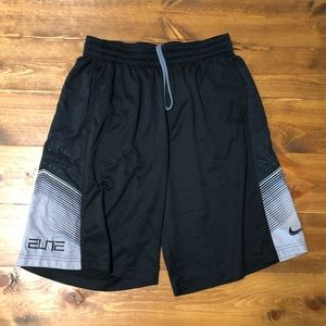 Men's Nike Elite Athletic Shorts, Size L